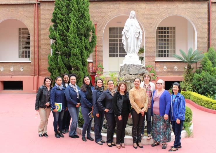 Migração e comunicação são temas da reunião da Rede Santa Paulina de Assistência Social