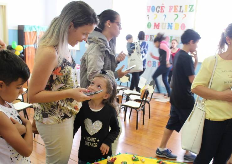 II Mostra Cultural do Educandário Sagrada Família envolve visitantes no universo das perguntas